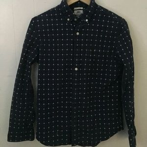 Old Navy button up shirt SZ M